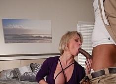 Dee Williams in Hypnotic Sex